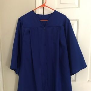 Blue graduation gown.  Fits medium